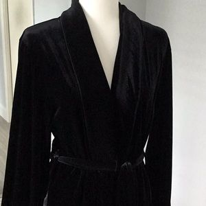 Robe perfect condition worn one time